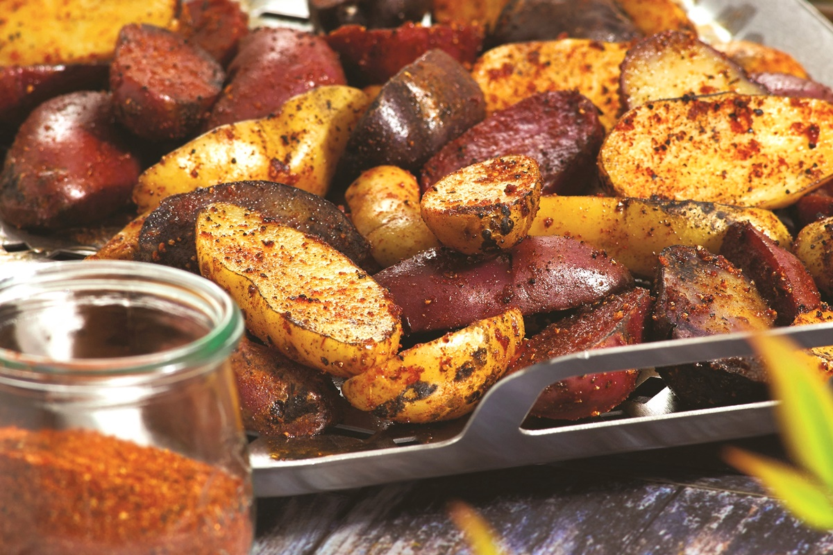 Grilled Fingerling Potatoes with Spud Rub! A dairy-free, gluten-free, vegan recipe