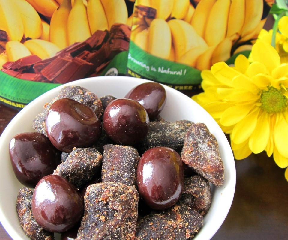 Barnana Banana Bites Reviews and Info - Dairy-free, gluten-free, vegan, chocolate and peanut butter covered banana snacks.