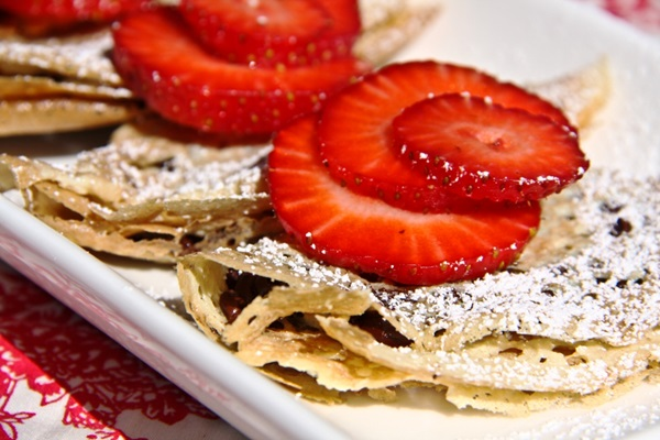 Recipes for Mom: Strawberry Chocolate Chip Vegan Gluten-Free Crepes