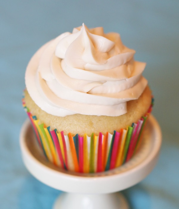 Vegan & Gluten-Free Vanilla Cupcakes with Dairy-Free Buttercream Frosting