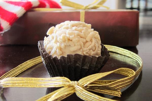 Sjaaks Snowballs: Dairy-Free White Chocolate Covered Hazelnut Truffles