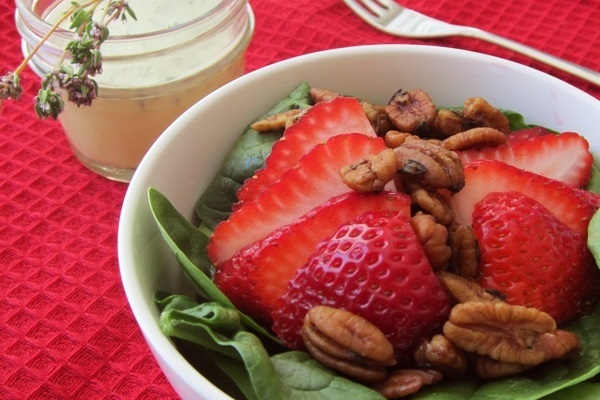 Strawberry Lemon Thyme Salad 600