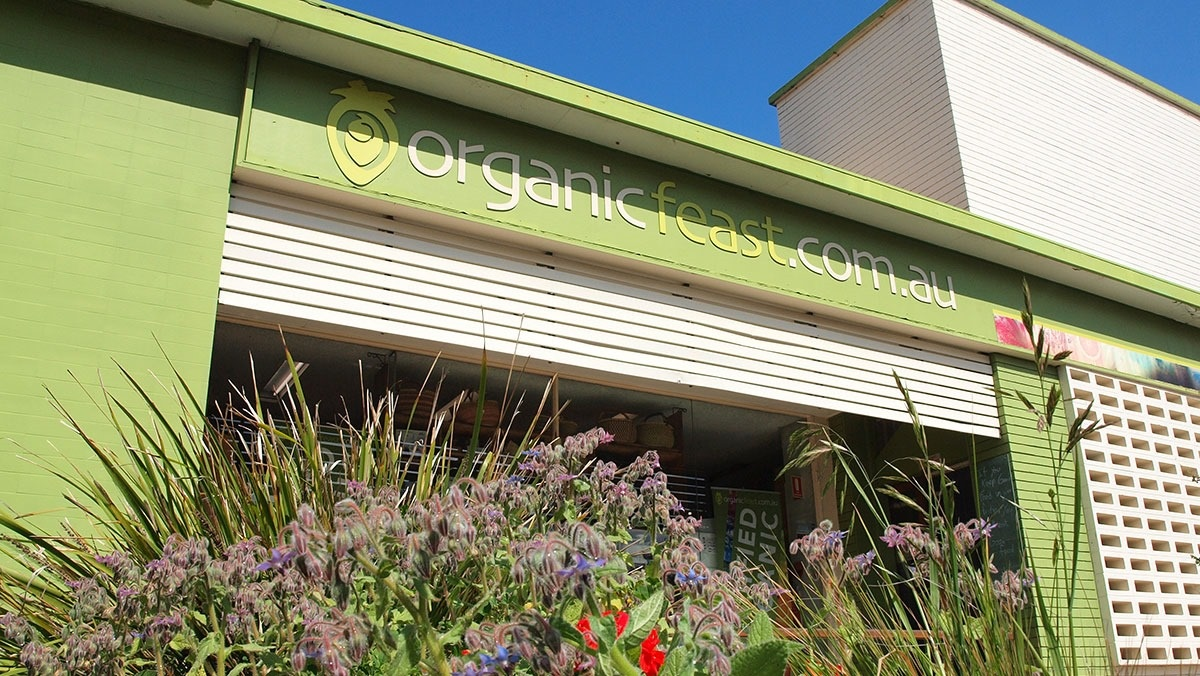 Organic Feast in East Matiland, NSW for an amazing dairy-free selection plus Momo's Wholefood Cafe