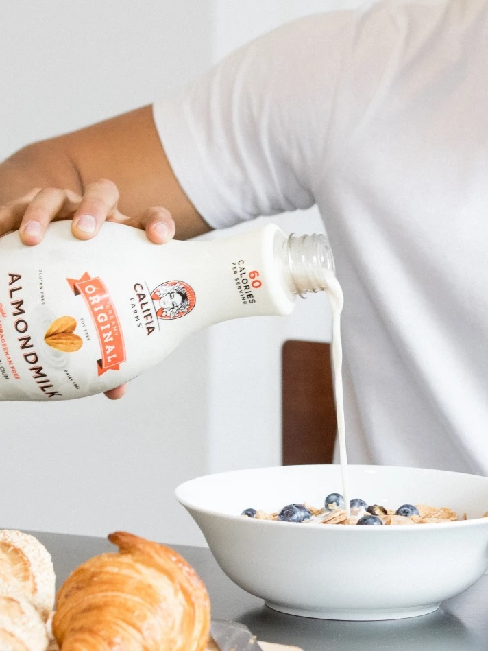Califia Farms Almondmilk Reviews and Information - dairy-free, gluten-free, soy-free, and vegan. Various flavors ... Pictured: Original