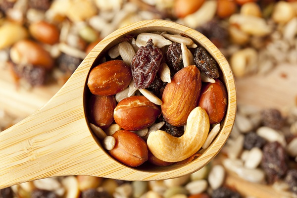 Best Trail Mix Recipes - Hit the Trail Mix Feature