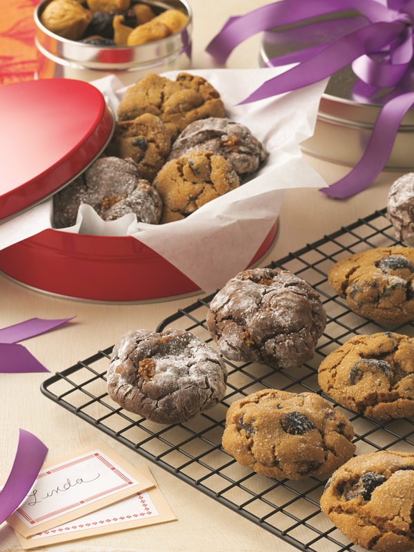 Chewy Molasses Cookies spiked with Ginger, Cinnamon and Figs
