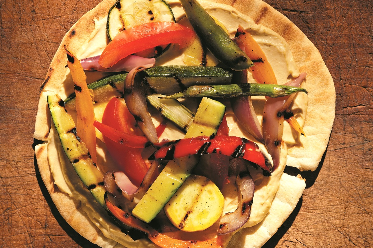 Grilled Vegetable and Hummus Pita Pizza Recipe (dairy-free, vegan, and delicious!)