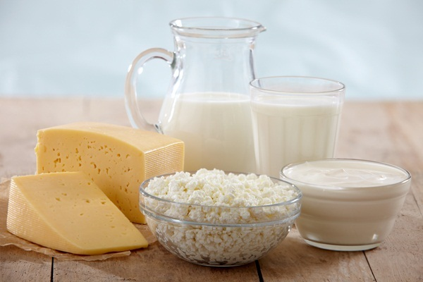 Foods to Buy Organic - Dairy