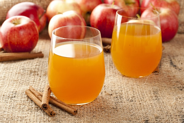 Foods to Buy Organic - Organic Apple Cider
