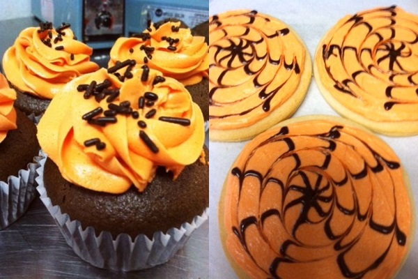 Sweet Alexis Halloween Cupcakes and Cookies