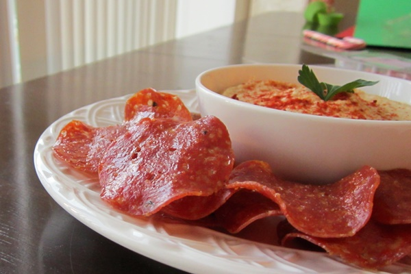 Paleo Salami Chips (Easy Recipe)