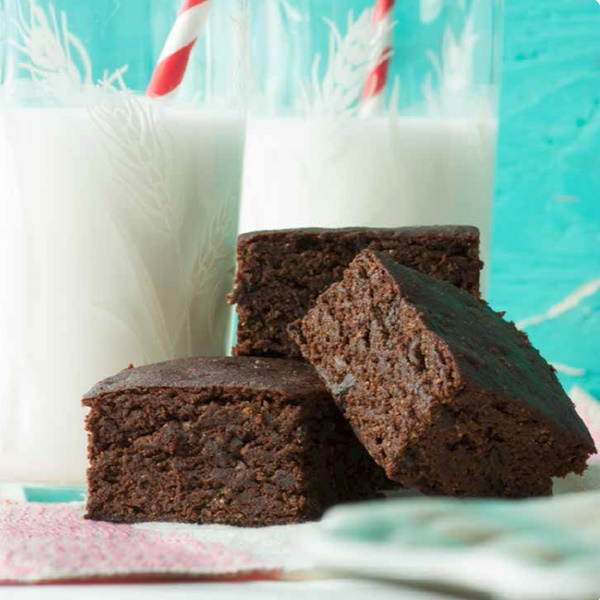Everyday Classics: 68 Tasty and Essential Recipes that are Dairy-Free, Gluten-Free, Egg-Free, Soy-Free, and Peanut-Free - Brownies
