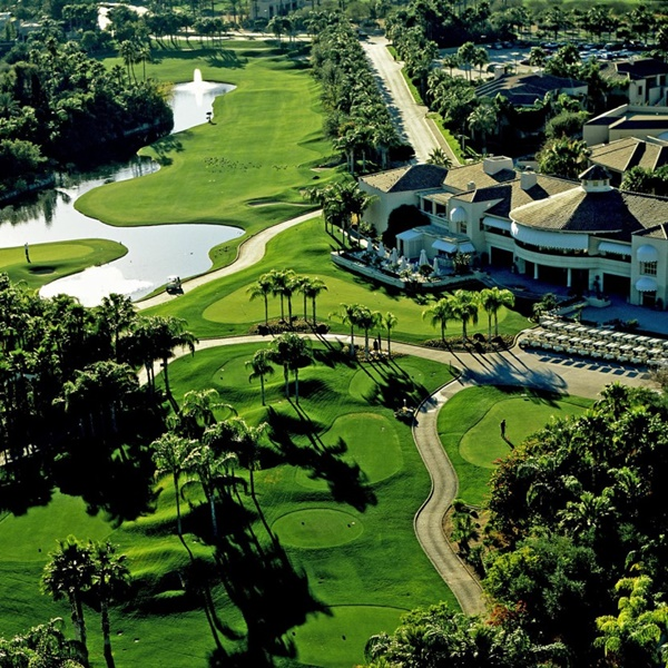 The Phoenician - Canyon Suites Golf Course Resort