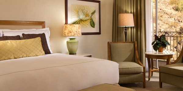 The Phoenician - Canyon Suites Hypoallergenic Guestroom