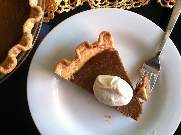 Vegan Pumpkin Pie Recipe (All-Natural)