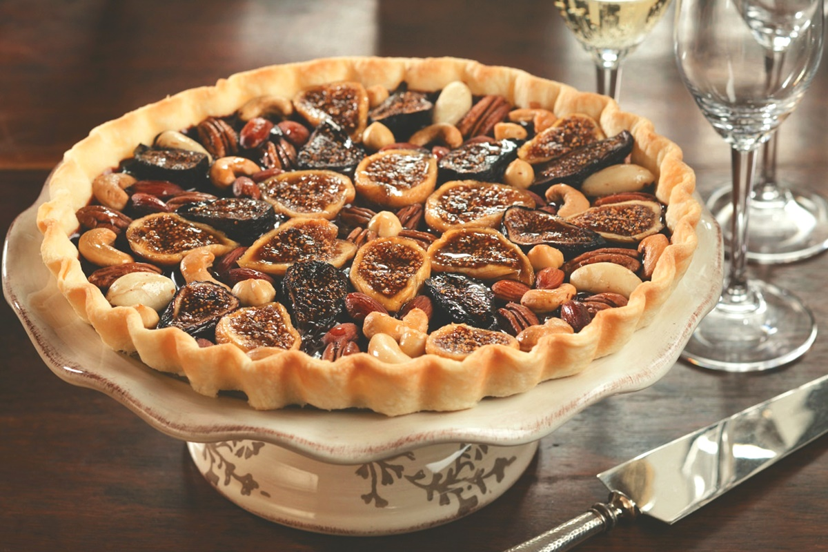 Glazed Fig Tart with Dairy-Free Chocolate Ganache Recipe (optionally gluten-free and vegan)