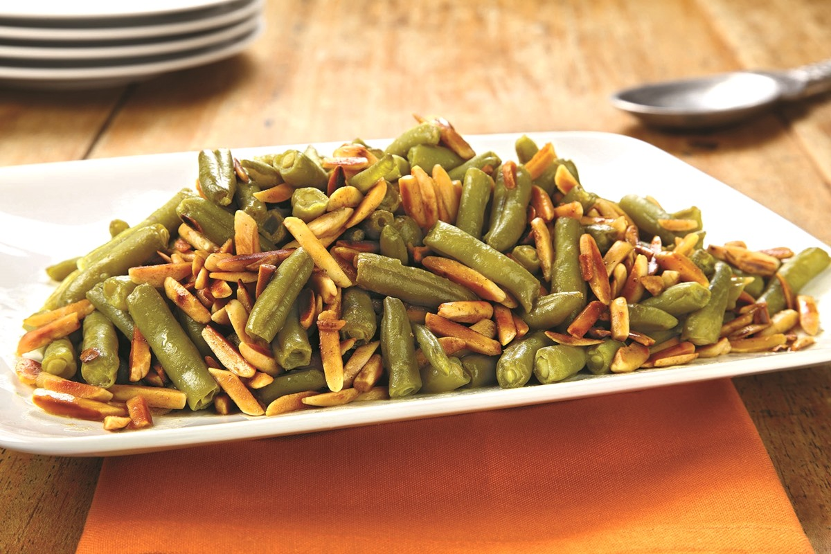 Easy Toasted Almond Green Beans Recipe (dairy-free, vegan and gluten-free optional)
