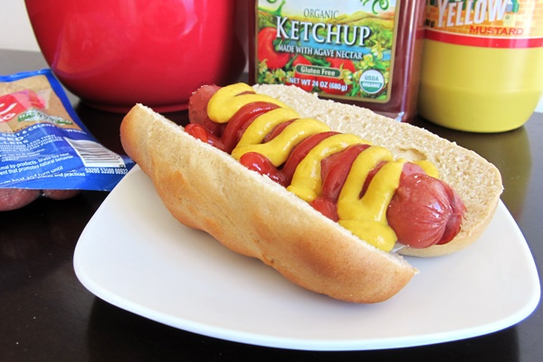 Homemade Speedy Wheat Hot Dog Buns Recipe
