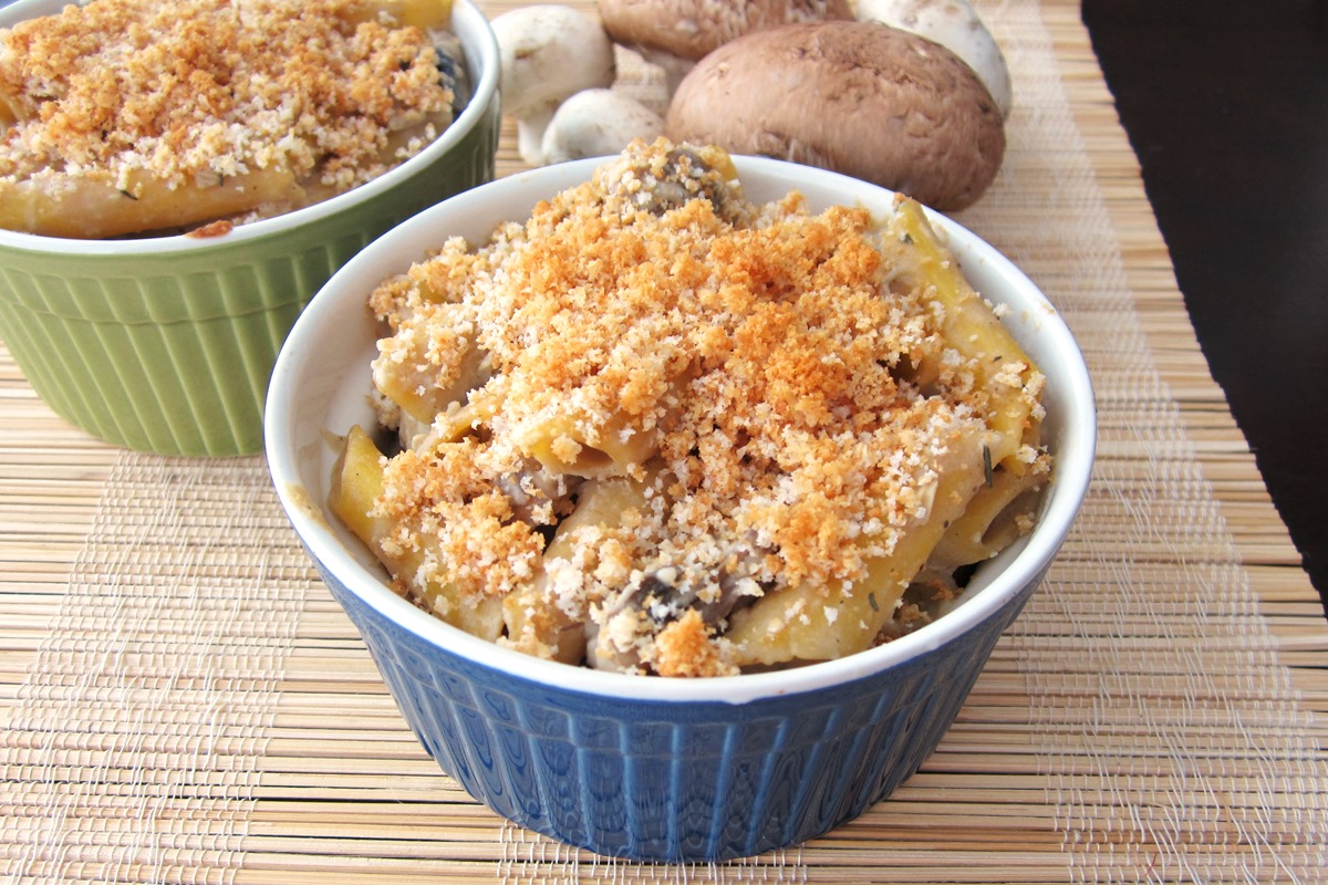 Vegan Mushroom Pasta Bake Recipe with Dairy-Free White Wine Cream Sauce