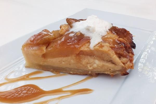 Dairy-Free Caramel Apple Cheesecake Tart Tatin