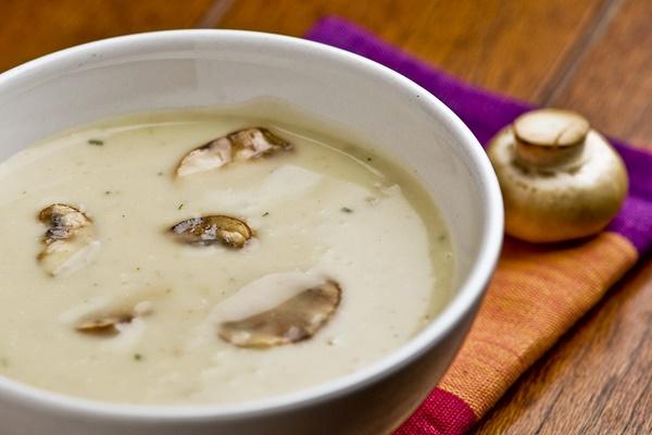 Грибной крем суп из шампиньонов с молоком