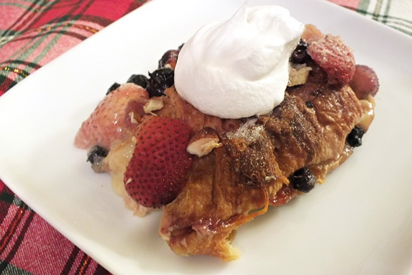 White Vanilla Berry Bread Pudding