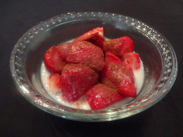 Cinnamon Strawberries and Almond Milk