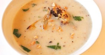 Roasted Garlic, Onion and Cauliflower Soup Recipe (dairy-free, gluten-free, soy-free and vegan)