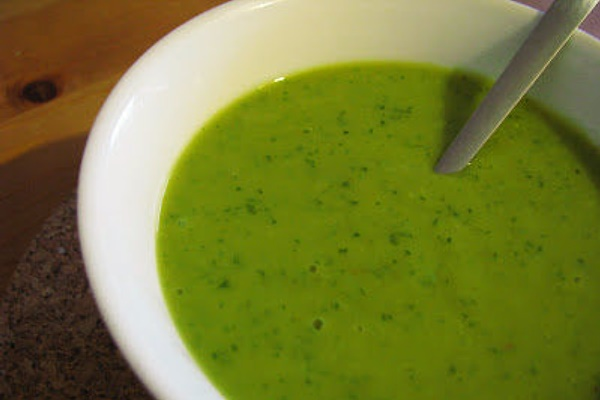 Asparagus Leek and Parsley Soup