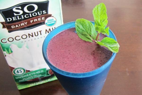Vegan Berry-Mint Smoothies