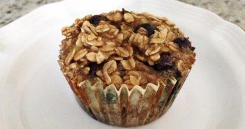Blueberry-Banana Baked Oatmeal Cups