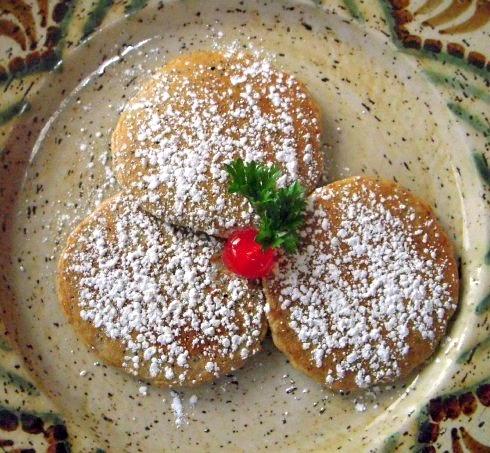 Cherry Almond Quinoa Pancakes