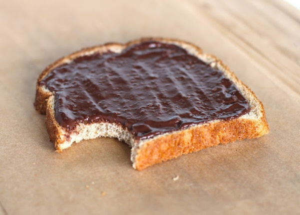 Healthy Homemade Dairy-Free Nutella
