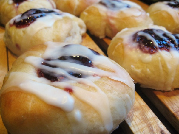 Sweet and Savory Recipe Contest Winners: Raspberry Breakfast Buns