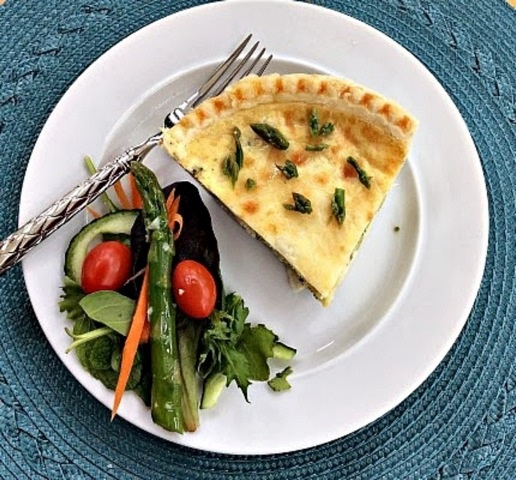 Asparagus and Leek Dairy-Free Quiche Recipe - Go Dairy Free
