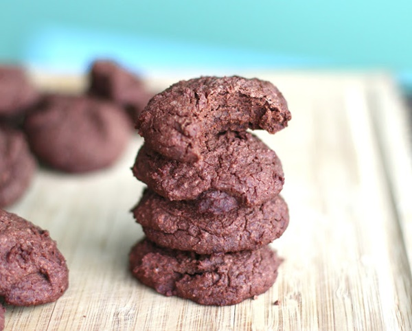 Healthy Fudgy Brownie Quinoa Cookies