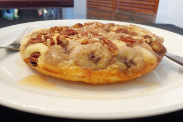 Steam-fried Banana Pecan Pancake
