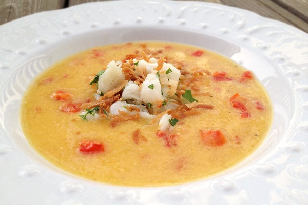 SPRINGsational Mango-Roasted Red Pepper Soup with Herbed Crab and Toasted Coconut