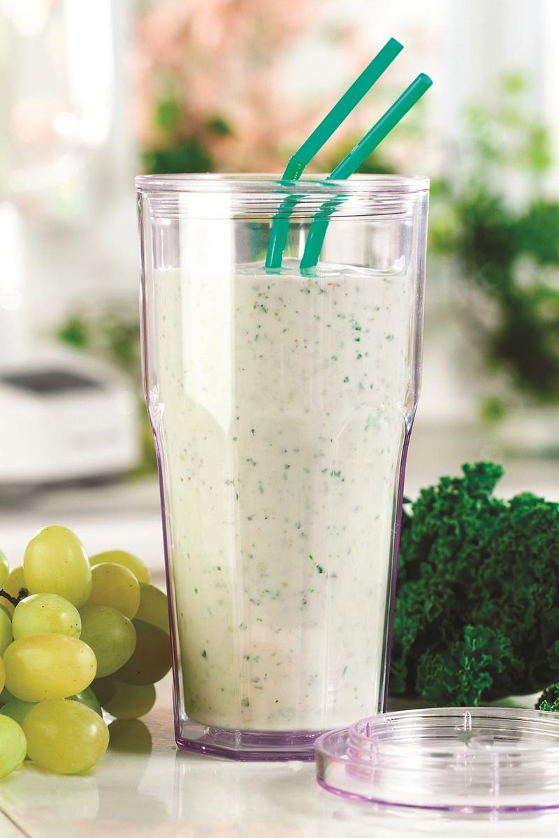 Green Vegan Omega Smoothie Recipe - healthy, easy & dairy-free!