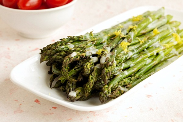 Roasted Asparagus w/ Dairy-Free Lemon Dill Cream Sauce ...