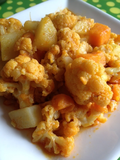 Two-Tone Potato and Cauliflower Red Curry (dairy-free, gluten-free, soy-free, vegan, and vegetarian)