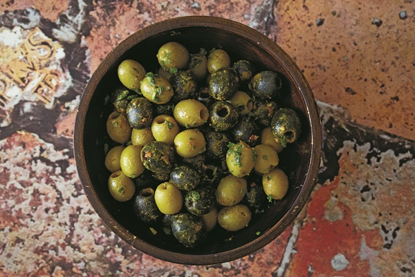 Bahian-Spiced Olives