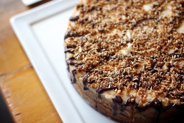 Golden Mean Cafe - A Vegan, Natural Foods Restaurant in Santa Monica, CA (Gluten Free and Vegan Cheesecake pictured)