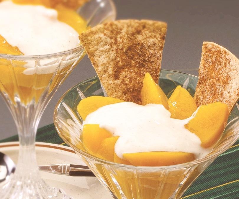 Peach-Yogurt Dip with Cinnamon Sugar Scoops