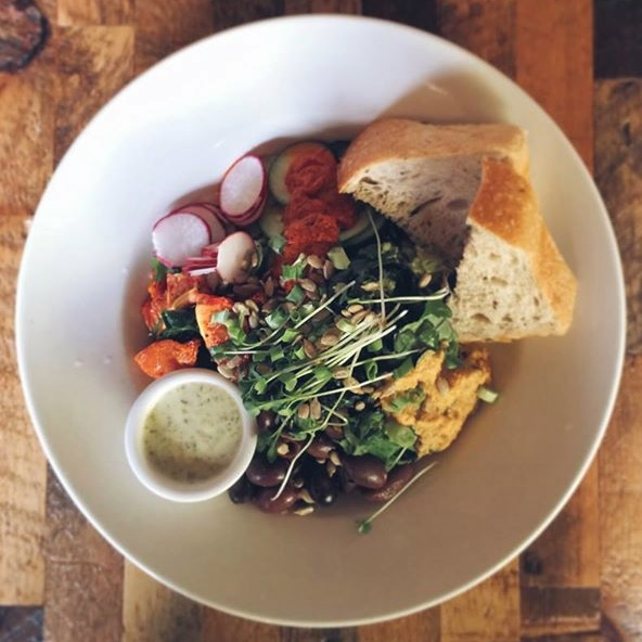 Cafe Below Review