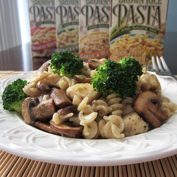 Lundberg Brown Rice Pasta and Sauce Mixes - Gluten-Free, Dairy-Free, Vegan, Certified Organic, Non-GMO Verified (Mushroom & Leek pictured)