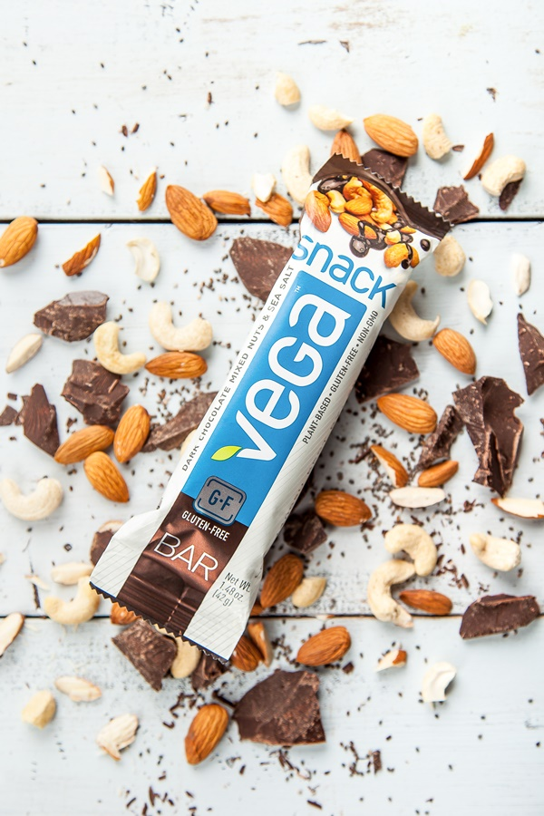 Vega Bars - Vegan Chocolate-Dipped Snack Bars #dairyfree