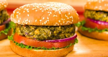 Weeknight Vegan Falafel Burgers Recipe (a healthy, vegan, meatless and dairy-free meal)