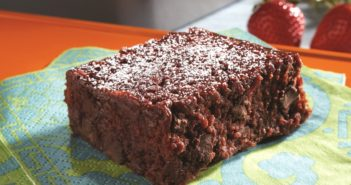 Cheater's Fudgy Beet Brownies Recipe (dairy-free)