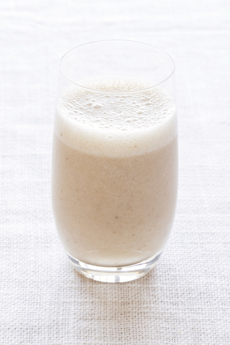Chai Tai Smoothie - #dairyfree and vegan / plant-based smoothie recipe from The Blender Girl App